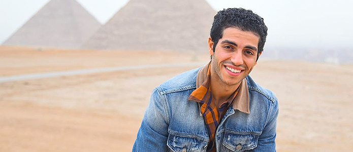 Egyptian film star Mena Massoud visits the Pyramids